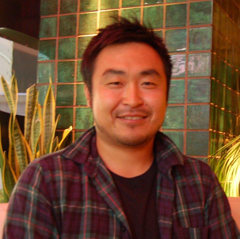 http://www.yearofnoflying.com/2009/10/15/Yoshihisa%20Haruyama%20from%20Trace.JPG